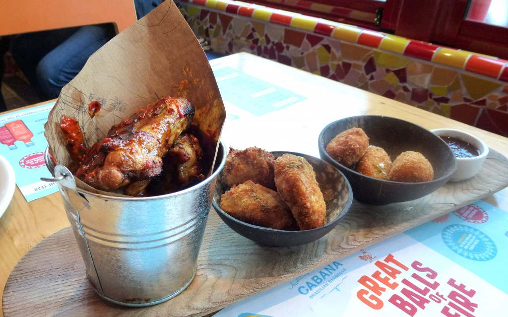 'Frango' - Fried chicken, wings, croquettes at cabana