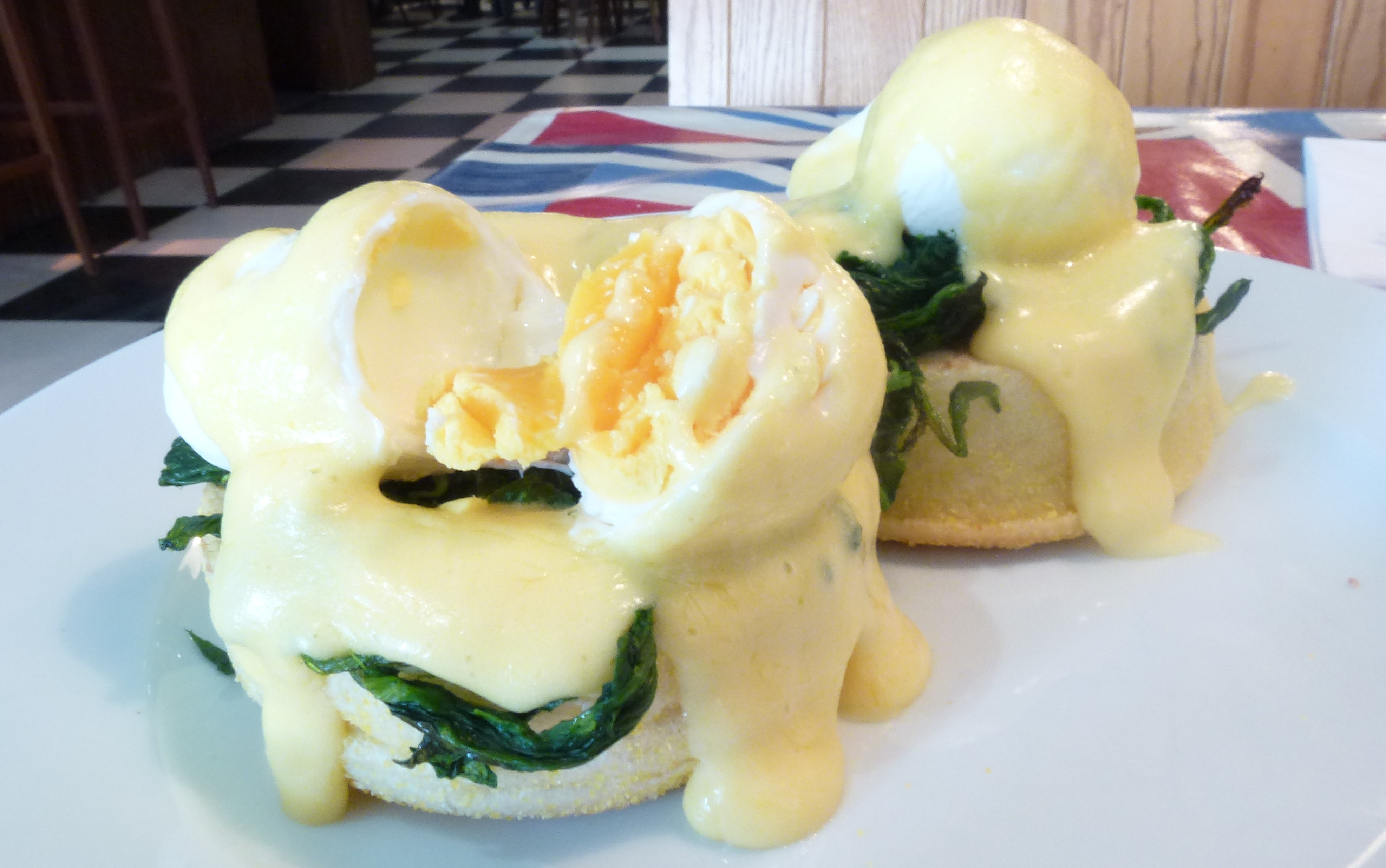 Eggs Florentine Maggies