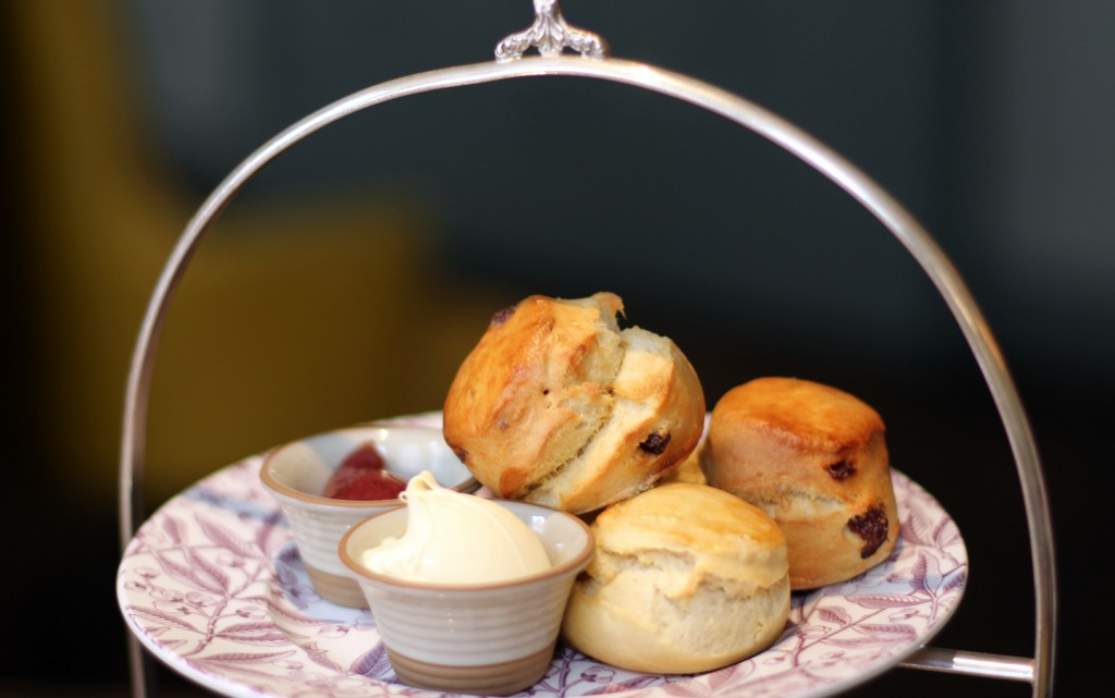 Plain and raisin scones, clotted cream, jam – Pantry at 108 Marylebone Afternoon Tea