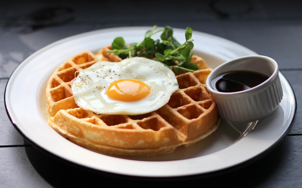 Waffle, hens egg, maple syrup, Q Gril