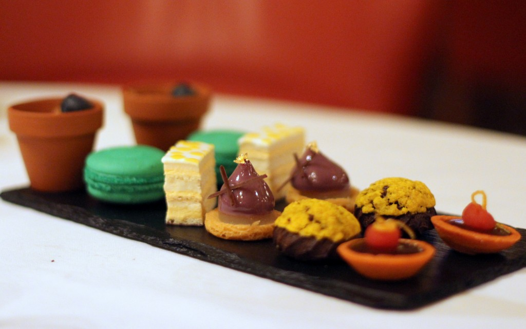 Cakes, Afternoon tea at Oscar Wilde Bar Hotel Cafe Royal, London