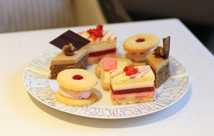 Intercontinental London, Park Lane, Afternoon Tea, Wellington Lounge, Hyde Park, Mayfair, restaurant, review, scones, English, tea, cream, champagne, luxury, finger sandwiches