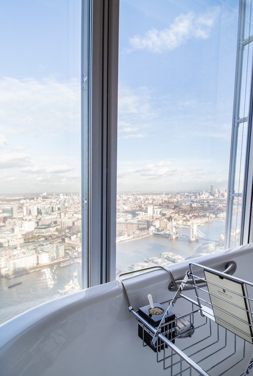 best view of london sunset hotel room bathroom shard
