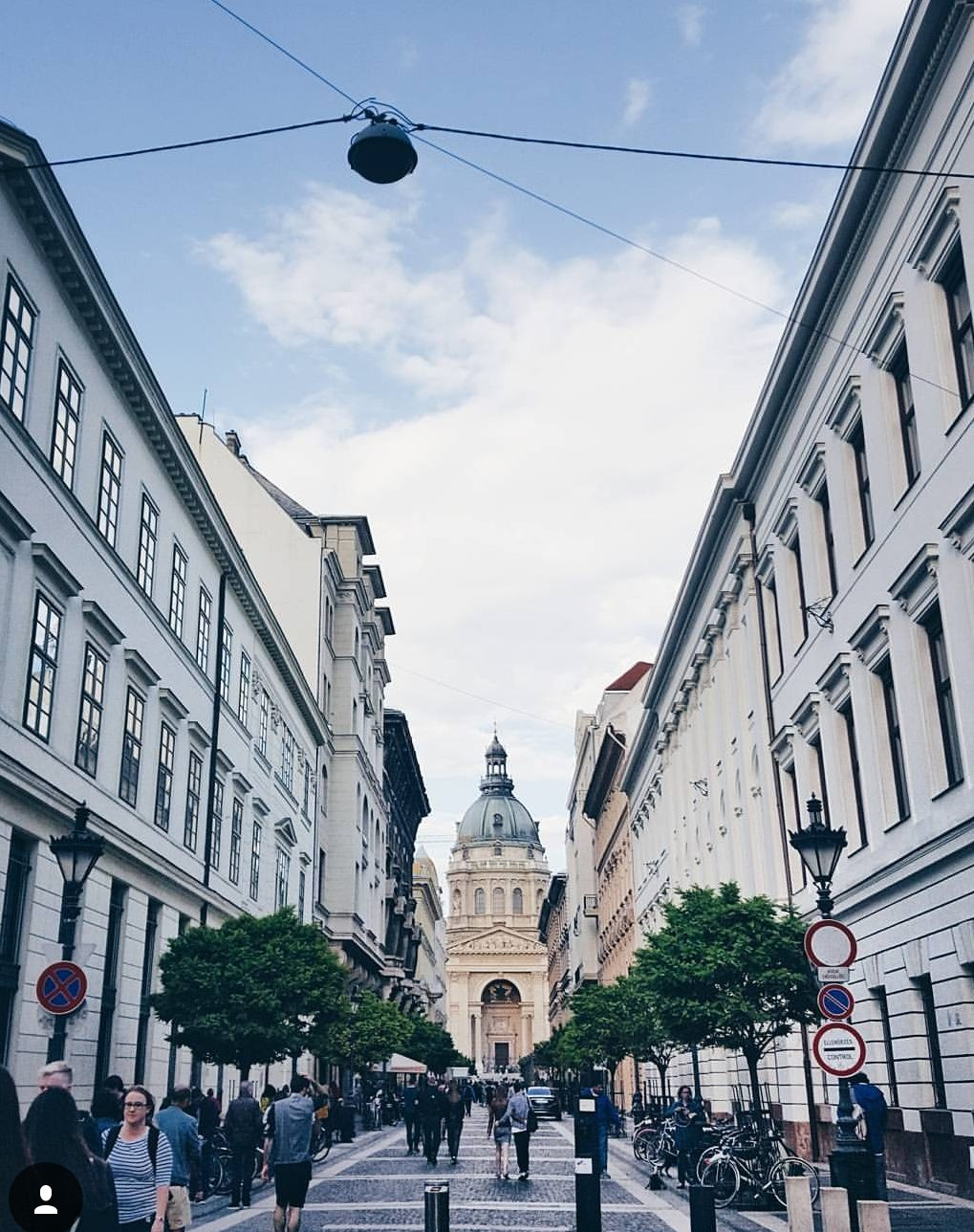 st stephens basilica Luxurious Weekend in Budapest itinerary blog review wrap your lips around this
